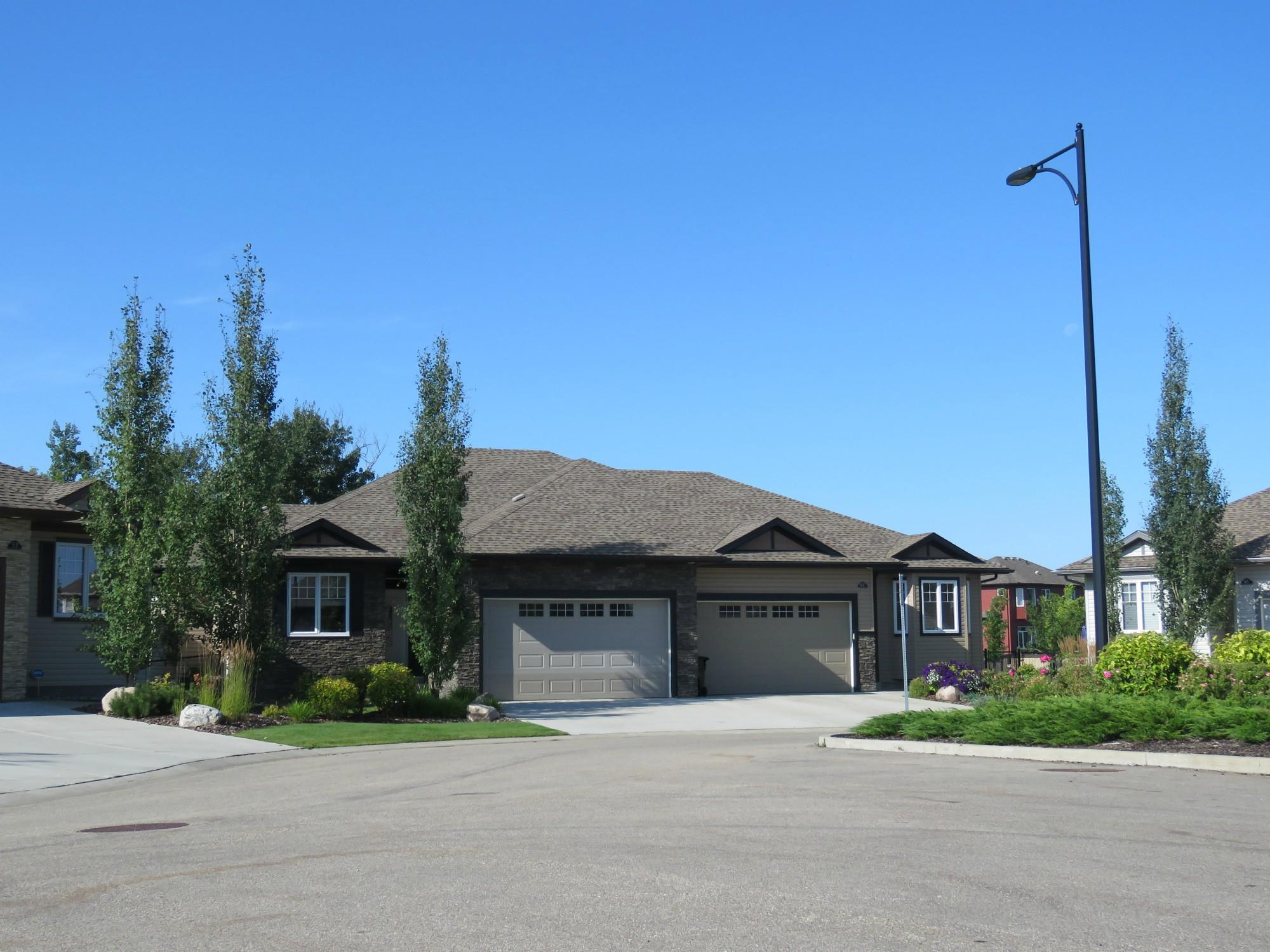 Estates on Sunview Lane, Sherwood Park, AB
