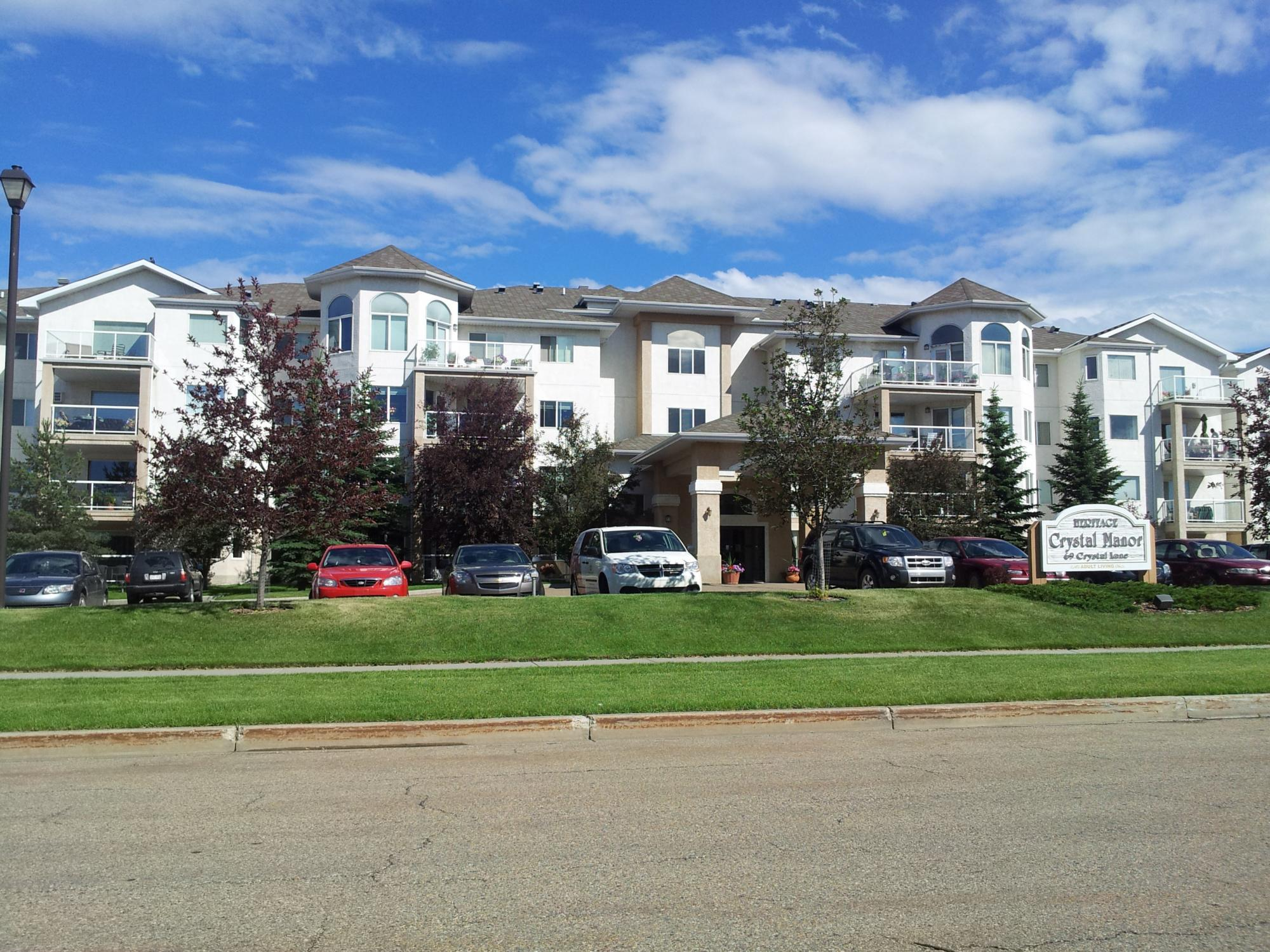 Heritage Crystal Manor, Sherwood Park, AB